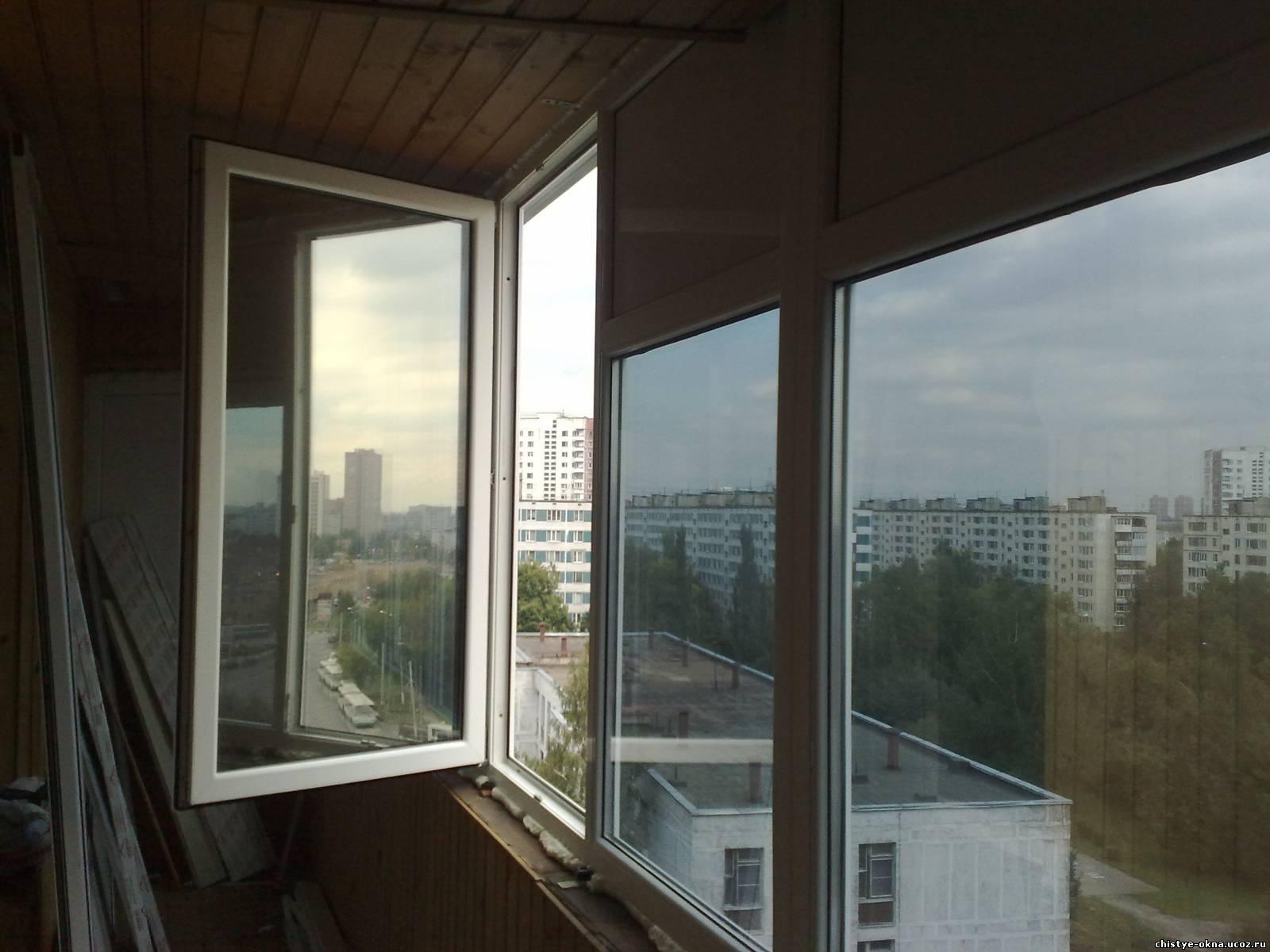 Чем затемнить окна на балконе своими руками 69